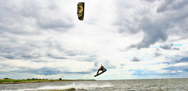 Kitesurfing Training Guide
