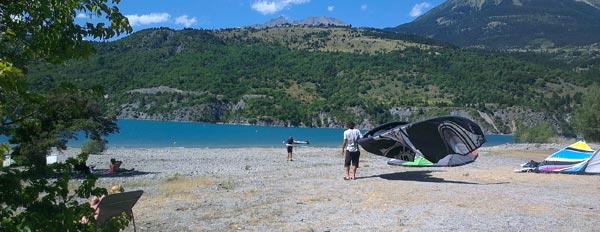 Lac de Serre Poncon Kitesurfing
