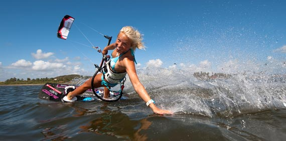 Kari Schibevaag - Kiteboarding by Youri Zoon